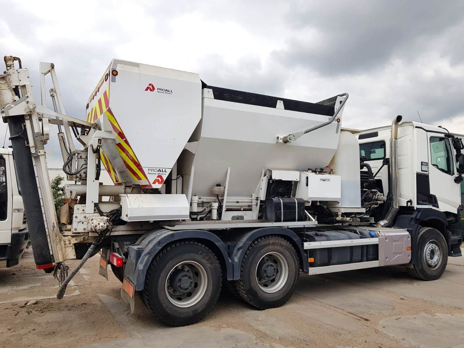 PremierMBP used truck for sale