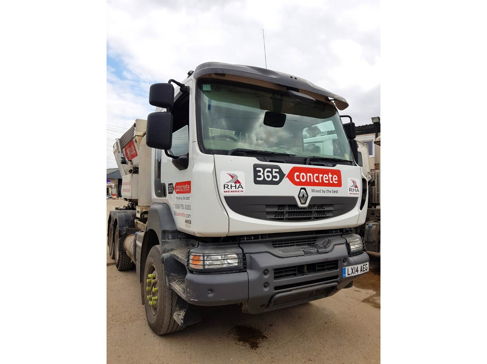 Used 2014 Renault Kerax cab with Reimer RA 500 Volumetric Mixer for sale